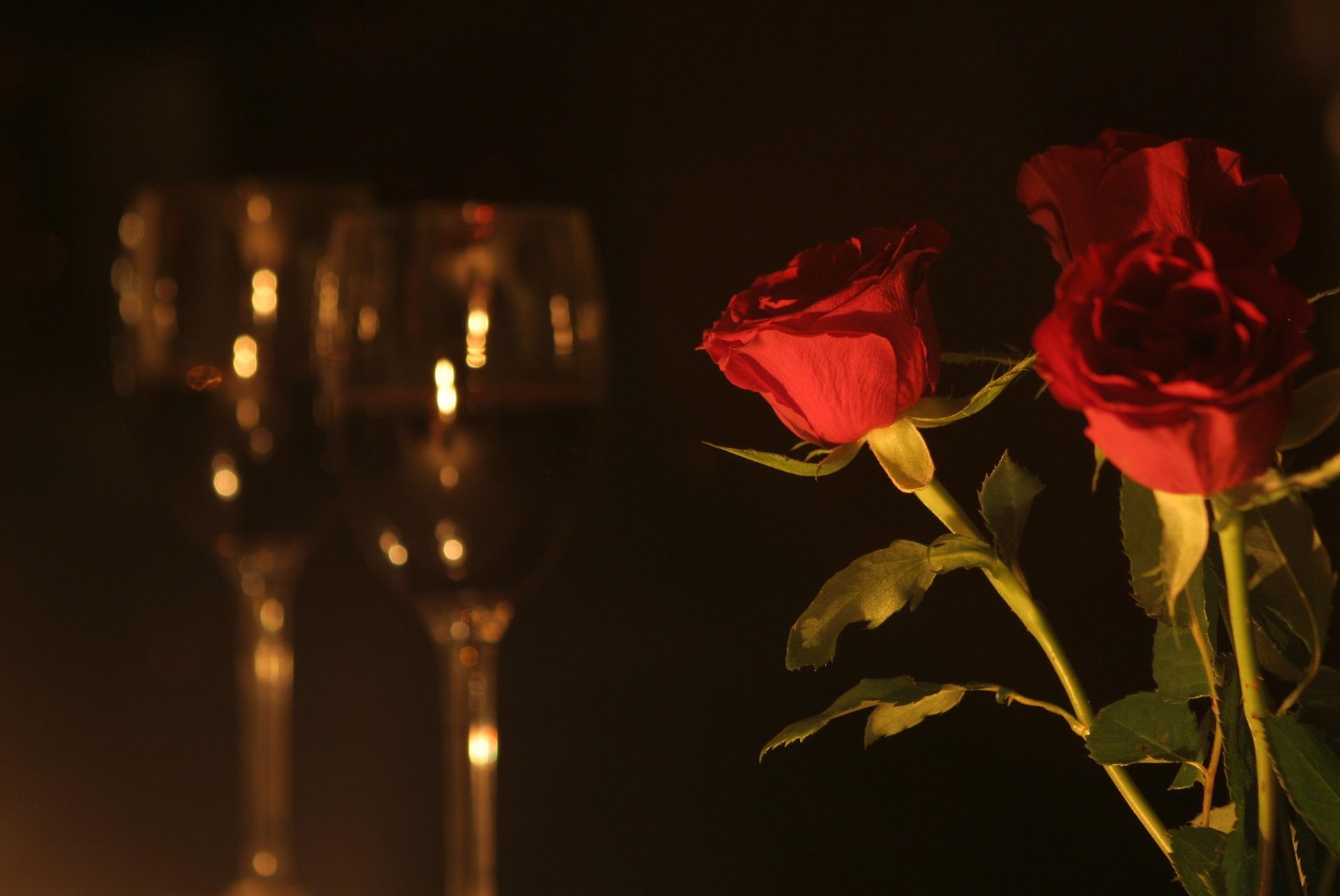 romantic-dinner-3948089_1920